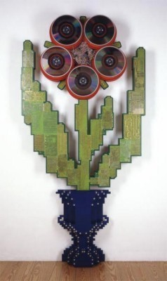 """Hybrid-Cultivation-Red"", Petrus Wandrey 2002, Mixed Media auf cut-out-Multiplex, 235x125x20,5 cm"